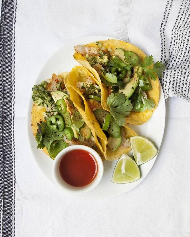 Tacos au poisson, salsa de concombre pour 4 personnes