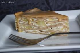 Gâteau de crêpes spéculos, pommes et caramel au beurre salé ...