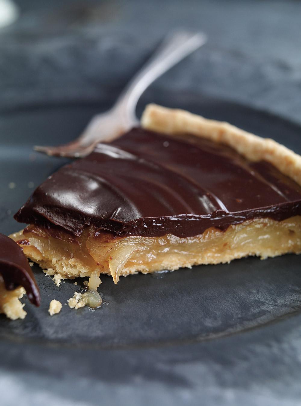 Tarte aux poires caramélisées et au chocolat | ricardo