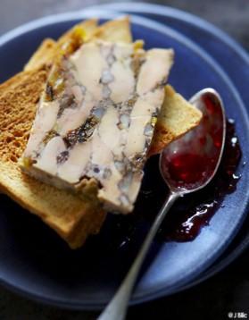 Terrine de foie gras aux fruits secs pour 1 personne