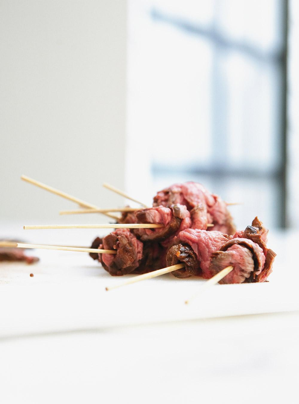 Bouchées de bavette tiède au paprika et à la lime | ricardo