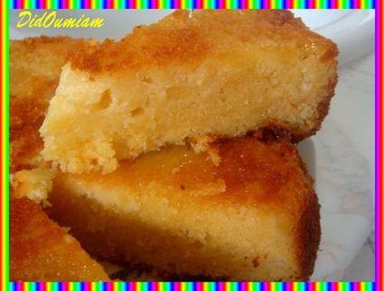 Recette de gâteau à l'ananas, amande et noix de coco
