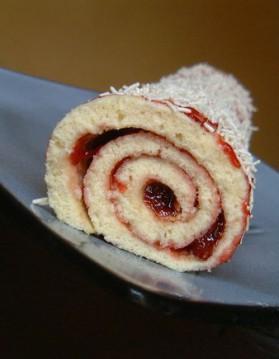 Gâteau roulé à la fraise pour 8 personnes