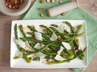 Recette asperges vertes aux éclats de noisettes et parmesan
