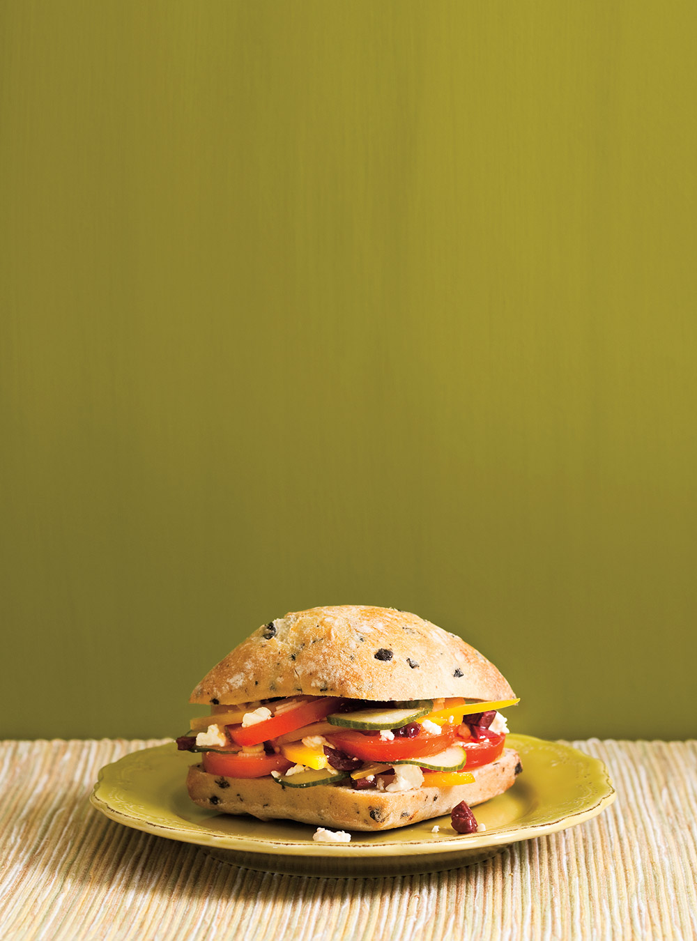 Sandwich à la salade grecque | ricardo
