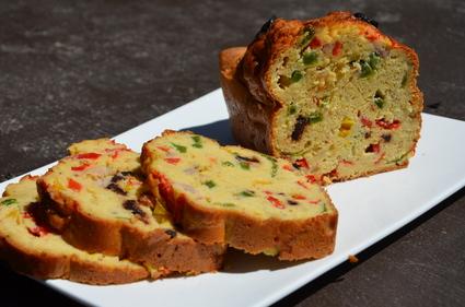 Recette de cake au thon et aux poivrons à la farine de pois chiches ...