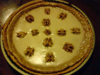 Recette de tarte aux noix, crème et glaçage sucré