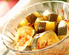 Recette salade tunisienne piquante aux courgettes