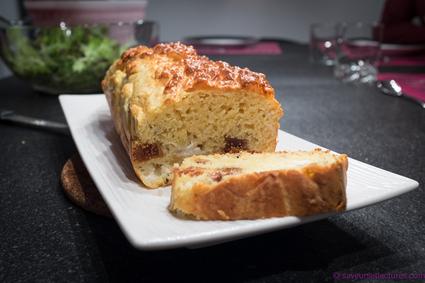 Recette de cake au crottin de chèvre et figues séchées