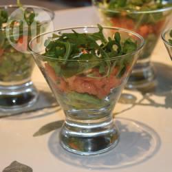 Recette verrines d'avocat au saumon fumé – toutes les recettes ...
