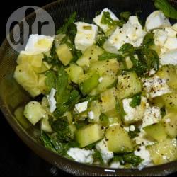 Recette salade de concombre à la menthe et à la feta – toutes les ...