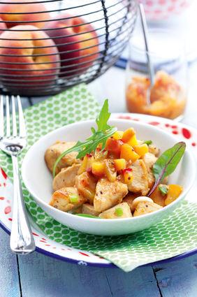 Recette de blanc de poulet rôti et chutney de pêches jaunes