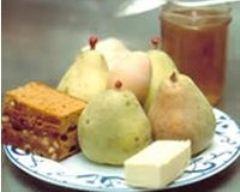 Recette poires farcies au pain d'épices et sa crème anglaise à la ...