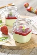 Recette de panna cotta chocolat blanc/basilic et coulis de fraise