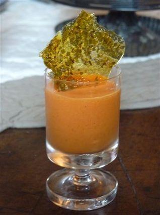 Verrines de crémeux de poivron, whisky, caramel à l'origan