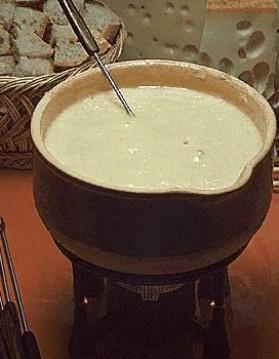 Fondue au fromage pour 4 personnes
