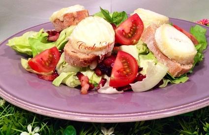 Recette de salade de chèvre chaud aux lardons et sauce à l'échalote