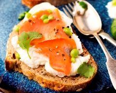 Recette tartine de saumon au chèvre