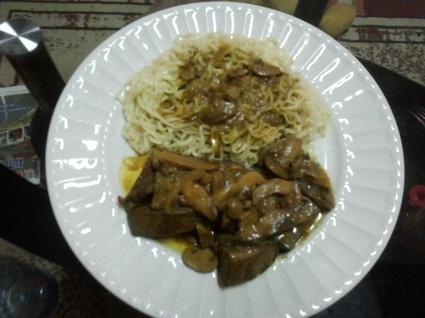 Recette de foie de boeuf au curry et nouilles de riz