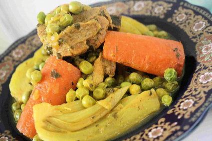 Recette de tajine de veau au fenouil, carottes et petits pois