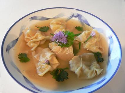 Recette de bouillon de raviolis chinois aux crevettes