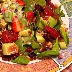 Recette salade aux framboises et aux noix – toutes les recettes ...