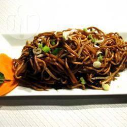 Recette nouilles chinoises aux légumes et viande hachée – toutes ...