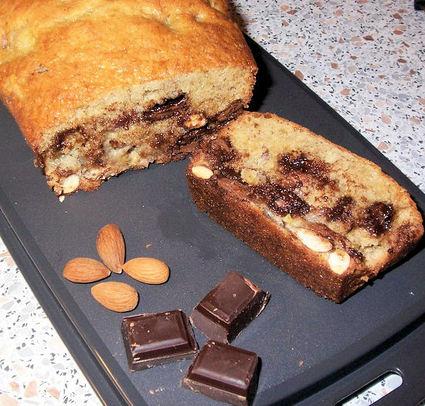 Recette de cake banane, amande et chocolat