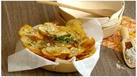 Recette de pommes de terre en chips rôties au thym et gros sel