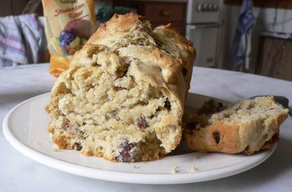 Recette de gâteau fruité à l'huile d'olive et aux noix