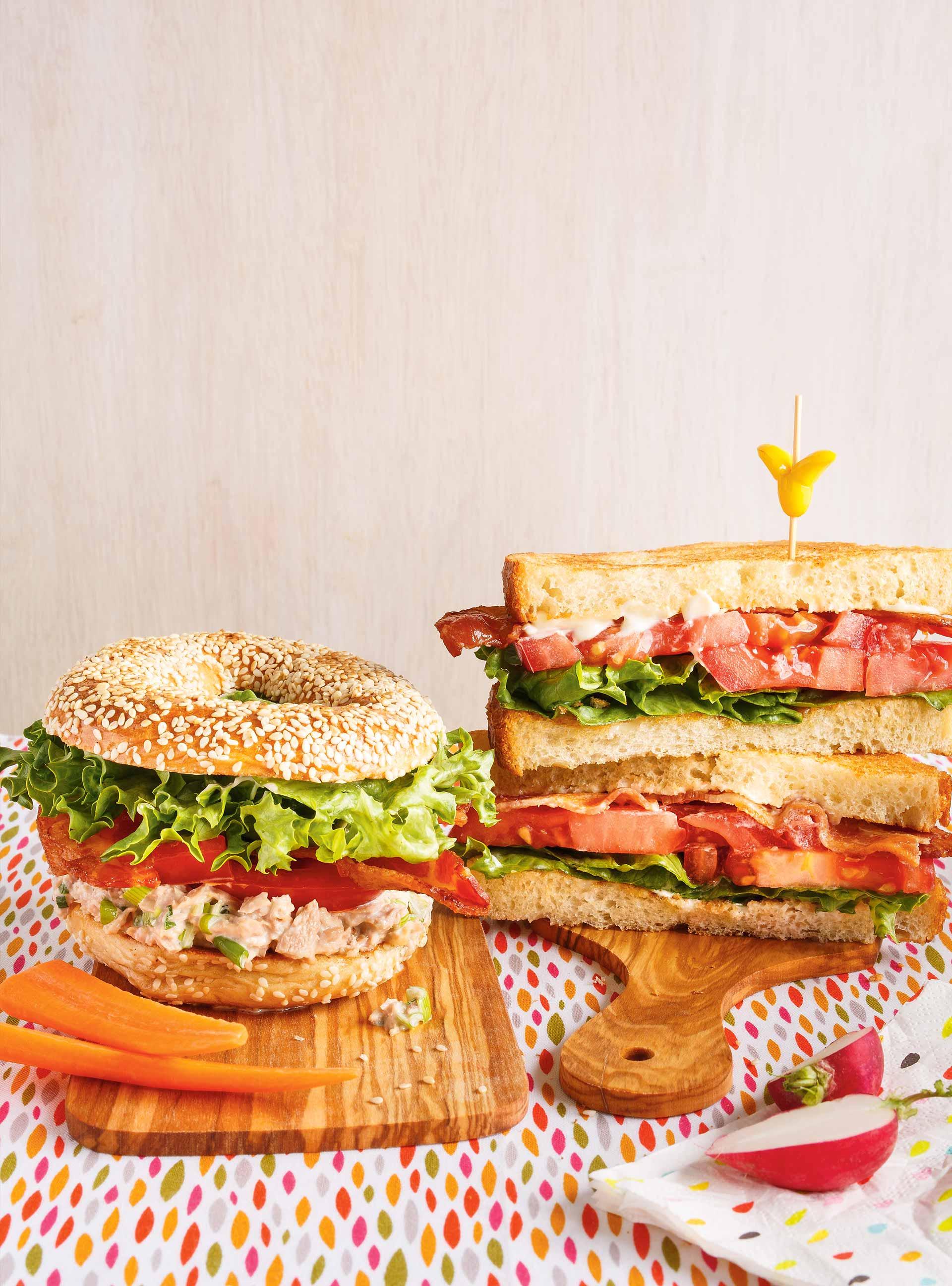 Sandwich bbltt (bagel-bacon-laitue-thon-tomate) | ricardo