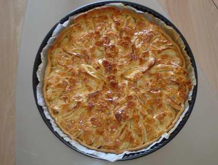 Recette de tarte aux pommes, miel et amandes