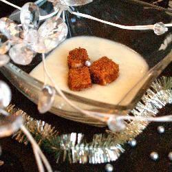 Recette velouté de panais, dés de foie gras en chapelure de pain d ...