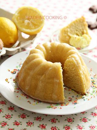 Recette de gâteau moelleux au citron avec glaçage