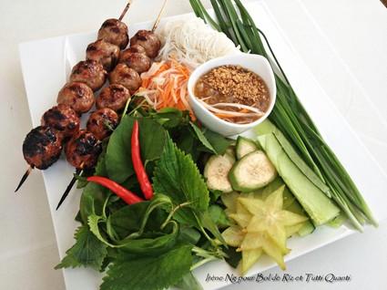 Recette de nem nuong boulettes de porc vietnamiennes