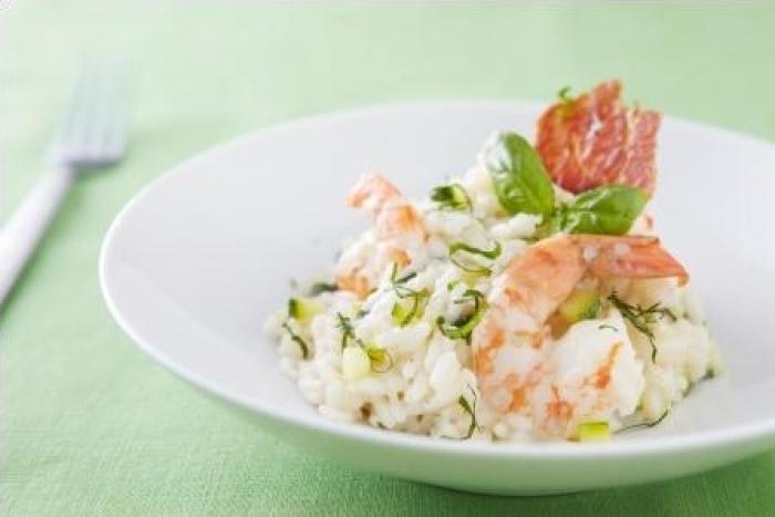 Recette de risotto aux gambas, courgettes et pancetta croustillante ...