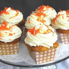 Cupcakes aux carottes, glaçage fromage à la crème pour 12 ...
