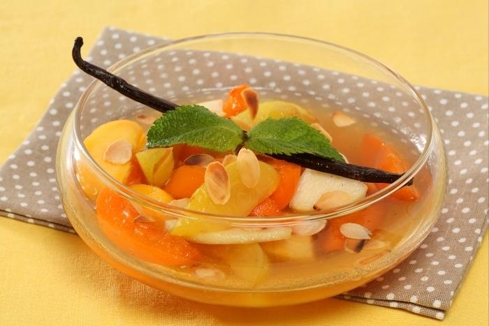 Recette de salade de fruits jaunes au caramel de vanille facile et ...