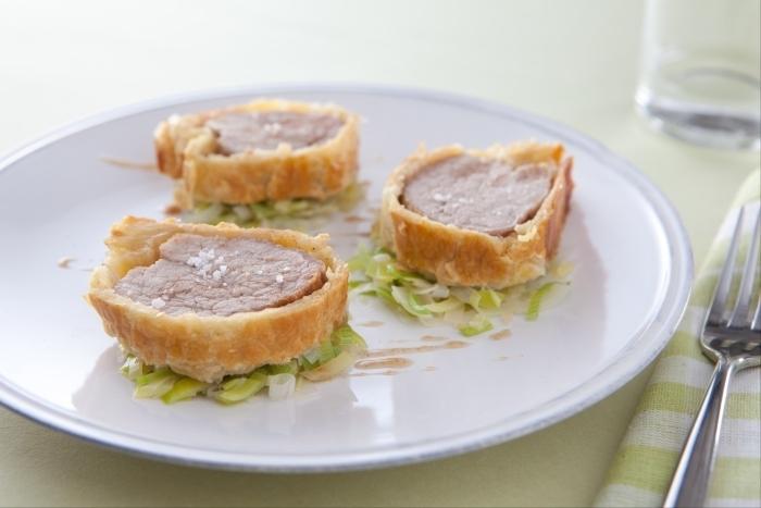 Recette de filet mignon en croûte feuilletée, fondue de poireaux ...