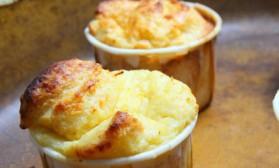 Soufflés au fromage pour 2 personnes