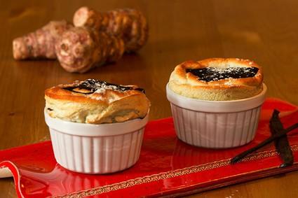Recette de soufflés de topinambours à la vanille et au chocolat chaud