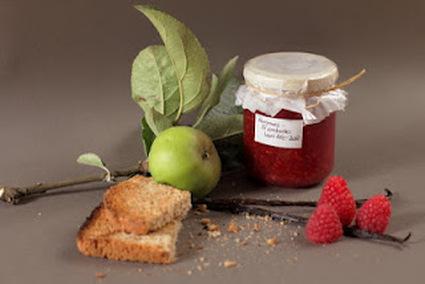 Recette de confiture légère pommes  framboises vanillée