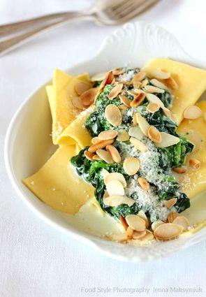 Recette de lasagne aux épinards, parmesan, amandes et pignons ...