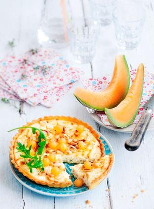 Recette de tarte ricotta-chèvre, billes de melon et pignons de pin ...