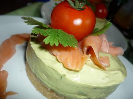 Recette de cheese cake avocat saumon et biscuit salé