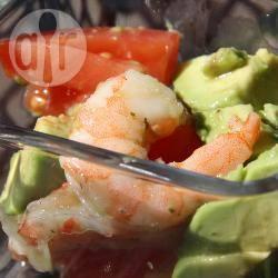 Recette salade d'avocats et crevettes à la sauce aux herbes ...