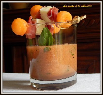 Recette de soupe de melon au basilic et brochettes jambon ...