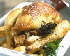 Recette poulet rôti aux croûtons et pommes de terre