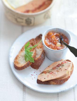 Recette de terrine de foie gras aux figues et son chutney