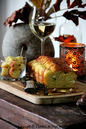Recette de cake à la feta et pistaches